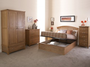 GFW Madrid 5ft Kingsize Natural Oak Finish Ottoman Bed