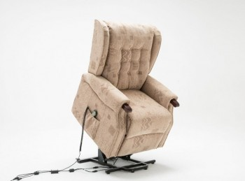 Birlea Keswick Fabric Rise And Recline Chair