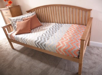 GFW Madrid 3ft Single Oak Finish Wooden Day Bed