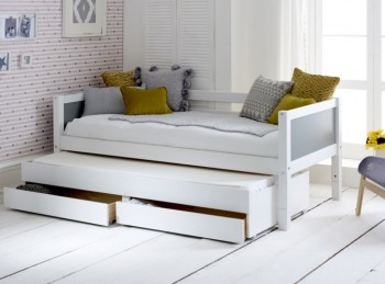 Flexa Nordic Day Bed 1 With Flat Grey End Panels