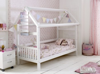 Flexa Nordic Playhouse Bed 1 With Slatted End Panels