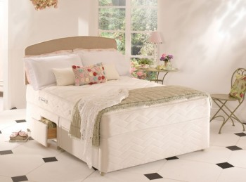 Sealy Memory Support 4ft Small Double Posturepedic with Zoned Foam Divan Bed