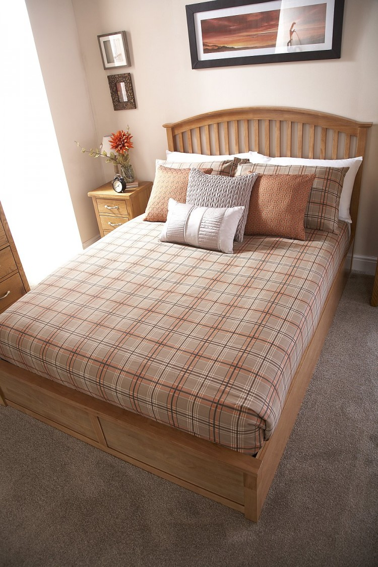 Gfw Madrid 5ft Kingsize Natural Oak Finish Ottoman Bed By Gfw