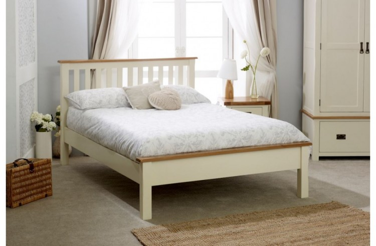 Birlea New Hampshire 5ft Kingsize Cream And Oak Wooden Bed Frame With Low Footend By