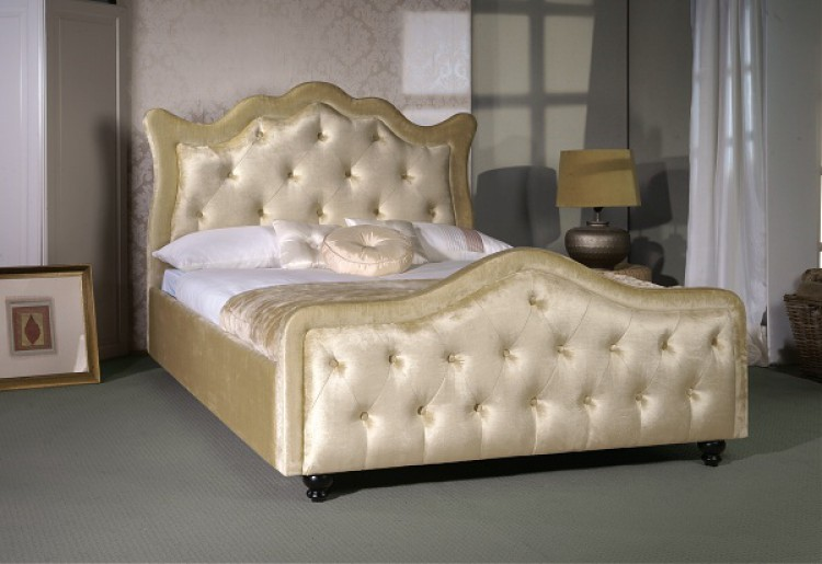 metal canopy bed what do i love more than an upholstered
