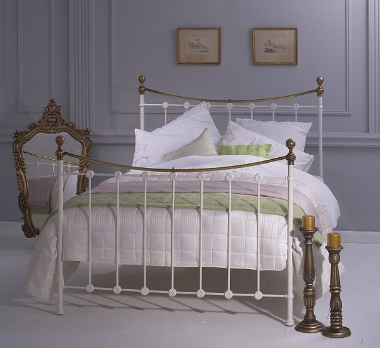Obc Carrick 6ft Super Kingsize White With Brass Metal Bed Frame By