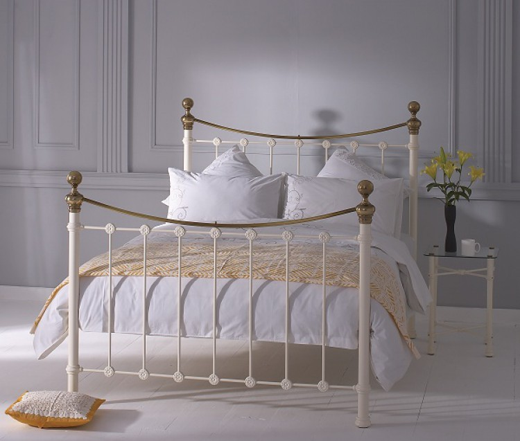 obc selkirk 4ft small double glossy ivory metal bed frame. Black Bedroom Furniture Sets. Home Design Ideas