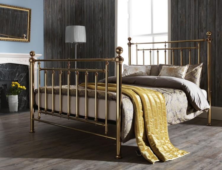 Serene solomon 5ft king size brass metal bed frame by for King metal bed frame