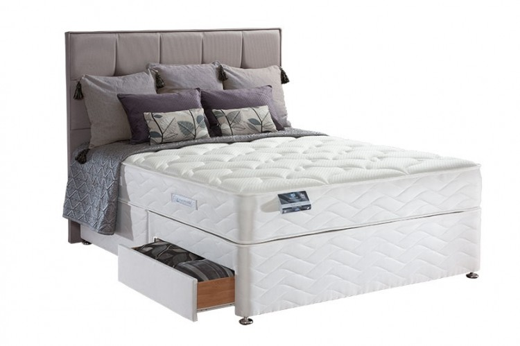 Sealy pearl latex 3ft6 large single divan bed by sealy for 3 foot divan bed