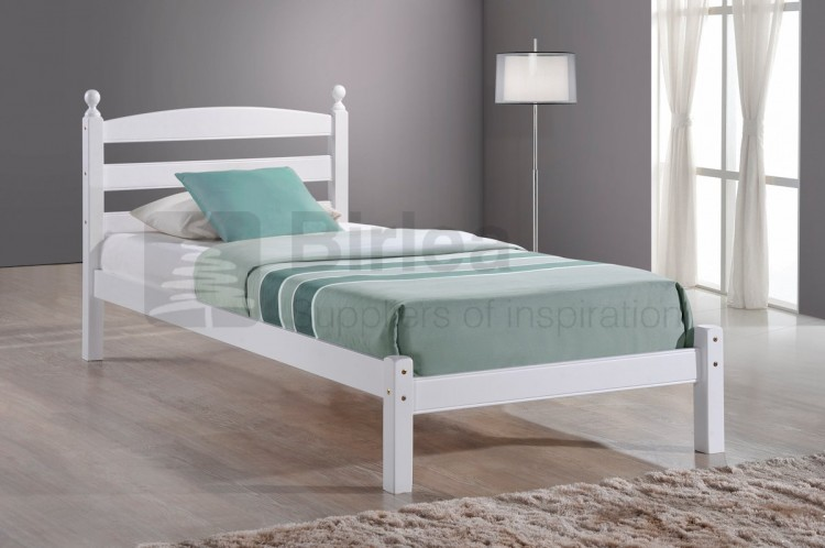 birlea oslo 3ft single white wooden bed frame by birlea. Black Bedroom Furniture Sets. Home Design Ideas